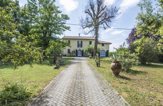 Russi – Casale indipendente con giardino – Ravenna